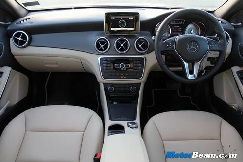 2014-Mercedes-Benz-GLA-75