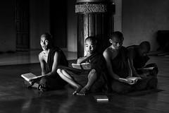 Myanmar - Birmania (peo pea) Tags: light portrait blackandwhite bw bn myanmar ritratto bianconero luce reportage birmania