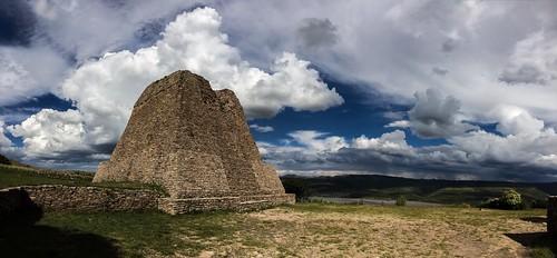 Pirámide Votiva