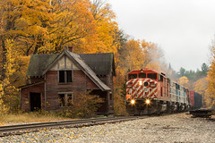 Job 1 at Bodfish (Thomas Coulombe) Tags: centralmainequebec cmq emdsd402f sd402f gmdsd402f 1 freighttrain train bodfish maine sectionhouse abandonedbuilding autumnfoliage