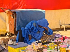 TUAREG SIESTA (Honevo) Tags: honevo hnevo tuareg siesta morocco marruecos jemmaelfna jammaelfna