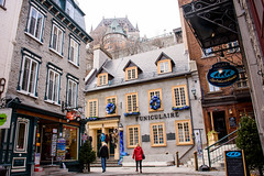 The Classic View (caribb) Tags: historicbuildings oldbuildings pretty quaint touristic tourism lowercanada signs stores shops canada quebec quebeccity canadianhistory buildings urban city 2016 downtown centreville street streets centrum vieuxqubec oldquebec historic heritage chateaufrontenac funiculaire
