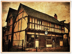 Day 311 of 366 - The Inn that moved! (editsbyjon) Tags: coventry phototoaster distressedfx stackables handyphoto cortexcamera iphoneography iphone365 iphone historicbuilding sponstreet outdoor texture serene architecture building photoborder