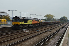6L37 66849 Hoo Jn - Whitemoor Yard (With RHTT Set) (Adam McMillan Railway Photography) Tags: 66849 seen paddock wood with diverted 6l37 towing rake various engineering wagons rhtt set 30 which is bound for repairs