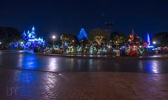 Night Shot of the Hub 12_3_2016 (Domtabon) Tags: california castle christmas dl dlr disney disneyland disneylandresort mickeymouse partnersstatue sleepingbeauty sleepingbeautycastle waltdisney holidays mousewait thehub