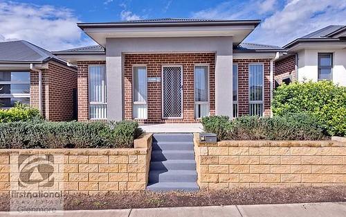 6 Lyora Street, Glenmore Park NSW 2745