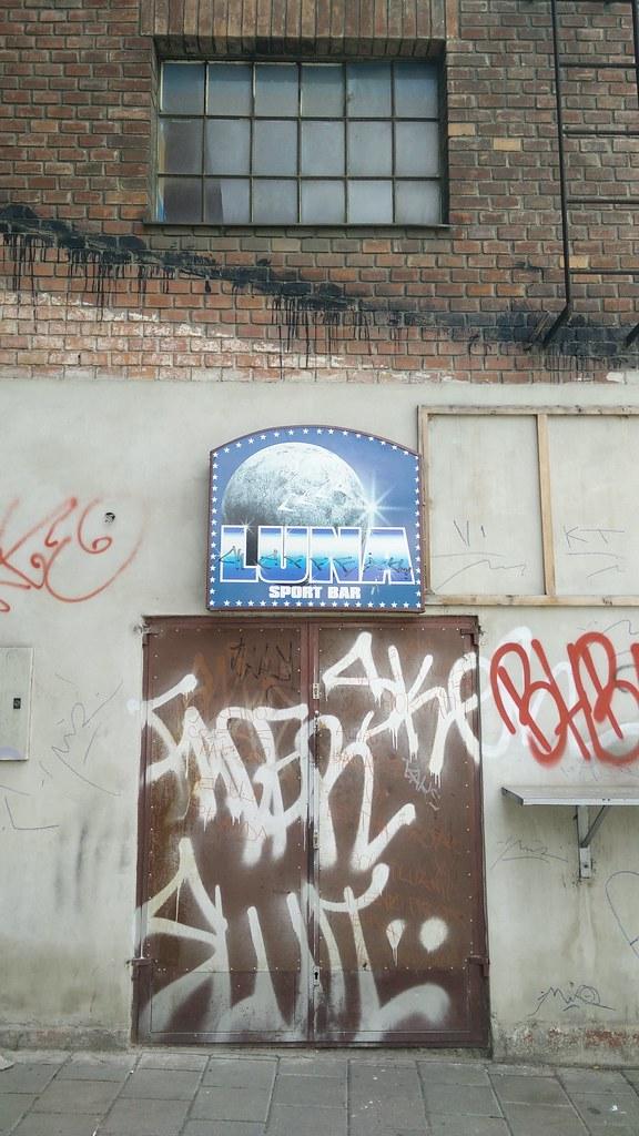 The worlds best photos of banksy and freetownchristiania flickr brno raventomb tags graffiti banksy urban art stickers templates streetart urbanart paris london maxwellsz