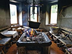 MALGA IN VAL VENEGIA - (Trentino) (cannuccia) Tags: interni malghe trentino vintage fuoco fumo legno pentole metalli