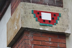 Invader_8619 Paris 15 (meuh1246) Tags: streetart paris invader rueedgarfaure fruit pastque paris15 spaceinvaders mosaque