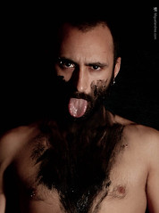 Barbenoire (himiguelandres) Tags: performance performingarts miguelandres performer man beard contemporaryartartconteporaryartmiguelandresperformanceperformer