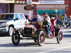 Remember 1915 (Armen Woosley) Tags: 111116 vfw 1915ford ford turing car fordtouringcar veteransdayparade antiqueford