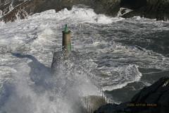 AN2016365RF (asturberon) Tags: viavlez asturias asturies marcantbrico cantabricsea concejodeelfranco elfranco olas marejada puerto puertodeviavlez oleaje mar
