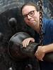 ring the gong (hansecoloursmay) Tags: bangkok thailand selfportrait gong temple chain watsaket goldenmount