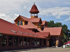 Colorado Springs, Colorado (Jasperdo) Tags: railroad building history station architecture restaurant colorado roadtrip trainstation coloradosprings depot giuseppes denverriogrande drgrr
