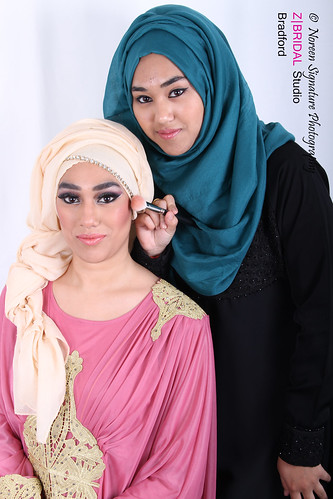 "Z Bridal Makeup Training Academy  73 • <a style=""font-size:0.8em;"" href=""http://www.flickr.com/photos/94861042@N06/14575121577/"" target=""_blank"">View on Flickr</a>"