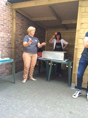 "bbq-meisje • <a style=""font-size:0.8em;"" href=""http://www.flickr.com/photos/125661428@N02/14781597168/"" target=""_blank"">View on Flickr</a>"