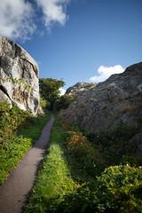 GOTO (Robert Anders) Tags: blue summer rock stone clouds grey sweden hiking path sommer schweden skandinavien wolken grau creativecommons blau scandinavia polarizer stein wandern marstrand skagerrak schren pfad gestein skerries swe polfilter ccby eos6d sigma35mmf14dghsm