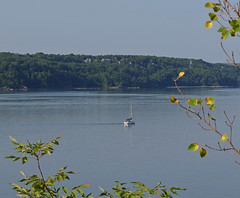 Matin calme - Quiet morning (Jacques Trempe 2,360K hits - Merci-Thanks) Tags: morning sailboat river quiet quebec stlawrence stlaurent voilier calme matin fleuve stefoy