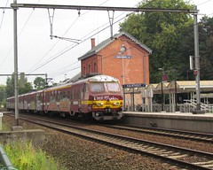 NMBS 830 at Kalmthout (Twydallaer) Tags: 830 kalmthout nmbs