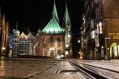 Bremennachts (Djenis90) Tags: night nacht bremen marktplatz weltkulturerbe schiene langzeitbelichtung