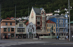 Bergen (Njl_N) Tags: city norway canon bergen scandinavia