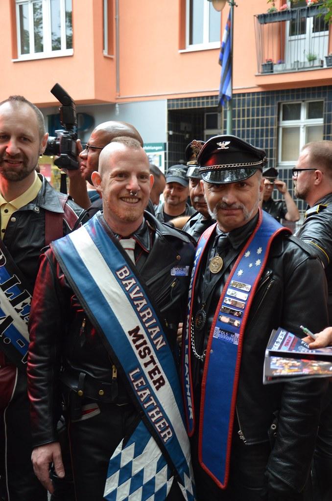 single gay men in folsom Folsom street fair (fsf) is an annual  the event started in 1984 and is california's third-largest single-day,  folsom street baths at 1015 folsom (a bdsm gay.