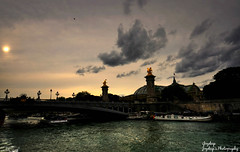 Sunset  at Paris (iJoydeep) Tags: sunset paris france nikon eiffeltower eiffel toureiffel d7000 sainriver