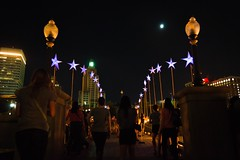 9 Spectators walk along the Bridge of Stars (Photo by Jennifer Bedford)