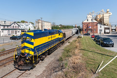 East Penn Long Hood (sullivan1985) Tags: train railroad railway locomotive engine pa pennsylvania espn eastpenn lano kh03 emd electromotive gp383 longhood sinkingsprings espn2801 westbound harl harrisburgline local freight freighttrain