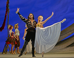 Iain Mackay, Delia Matthews (DanceTabs) Tags: dance ballet brb birminghamroyalballet dancers classocalballet shakespeare