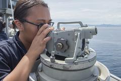 160927-N-JS726-108 (SurfaceWarriors) Tags: navy marines amphibiousassault philippinesea bonhommerichard navigation expeditionarystrikegroup underway deployment military