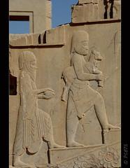 Ofrenes (PCB75) Tags: iran prsia persa fars shiraz perspolis  laciutatpersa pars  viatge 2016 arqueologia tajteyamshid aquemnida pulwar kur kyrus dariusi alexandremagne