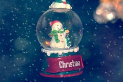 Small Snow Globe With Snowman Snowflake Textured 001 (Chrisser) Tags: christmas decorations decoration snowmen snowman snowglobes snowglobe ontario canada canoneosrebelt1i canonefs60mmf28macrousmprimelens specialholidays backgroundfromparee pareeericastextureextravaganza ipiccy itsanaddiction