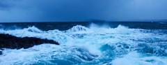 La Bretagne... (nolyaphotographies) Tags: crozon roscanvel finistere france bretagne nikon storm tempete breizh vague mer sea wave pluie bleu falaise landscape seascape