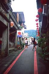 _13 (Taiwan's Riccardo) Tags: 2016 taiwan color 135film fujifilmrdpiii transparency plustek8200i rangefinder leicam5 leicalens fixed summaronm 3535