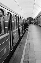 Made it (martinekuldvere) Tags: moskva metro blackandwhite monochrome moscow train soclose madeit hurry stress hverdag