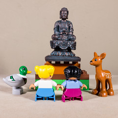 At a Buddhist statue (MuTant 99) Tags: home lego duplo minifigures animals buddhist statue canonsl1