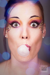 Blob (DaGl Dedicated Photography) Tags: bublegum beauty portrait eyecatcher sparkleeyes