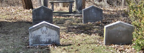 1920s cemetery illinois lakecounty lakeforest