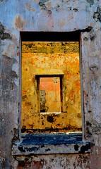 Finestre che si perdono (giringiro) Tags: faro mauritius isola finistre
