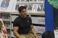 San Diego Comic Con 2014 - Lou Ferrigno (TeamNovak) Tags: fiction celebrity nerd comics fun toys starwars costume san comic play geek cosplay culture diego center science pop convention movies fi con props sci sideshow sdcc 2014