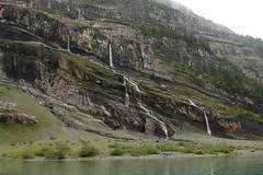 Wasserfall - Waterfall eines Bergbach ( Creek - Bach ) am Oeschinensee ( Bergsee - See - Lac - Lake ) oberhalb von Kandersteg im Berner Oberland im Kanton Bern in der Schweiz (chrchr_75) Tags: chriguhurnibluemailch christoph hurni schweiz suisse switzerland svizzera suissa swiss kantonbern chrchr chrchr75 chrigu chriguhurni 1407 juli 2014 hurni140731 berner oberland berneroberland oeschinensee see lac lake lago albumoeschinensee alpensee bergsee albumbergseenimkantonbern sø järvi 湖 bergseeli seeli kandersteg albumwasserfälleimkantonbern albumwasserfällewaterfallsderschweiz wasserfall водопад 瀑布 vandfald waterfall cascade 滝 cascada waterval wodospad vattenfall vodopád slap juli2014