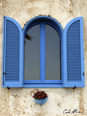 DSCN0303 (carlo.ulpiani) Tags: italy window nikon finestra carlo salento puglia pfr italianphotography ulpiani photofriendsroma carloulpiani