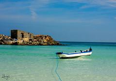 Galiota (Hugo Messina Ribeiro) Tags: praia azul mar cabo barco outdoor praias canoa arraial arraialdocabo praiagrande