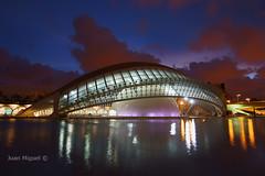 CAC (Juan Miguel) Tags: longexposure espaa reflection valencia architecture spain arquitectura reflejo bluehour cac largaexposicin horaazul