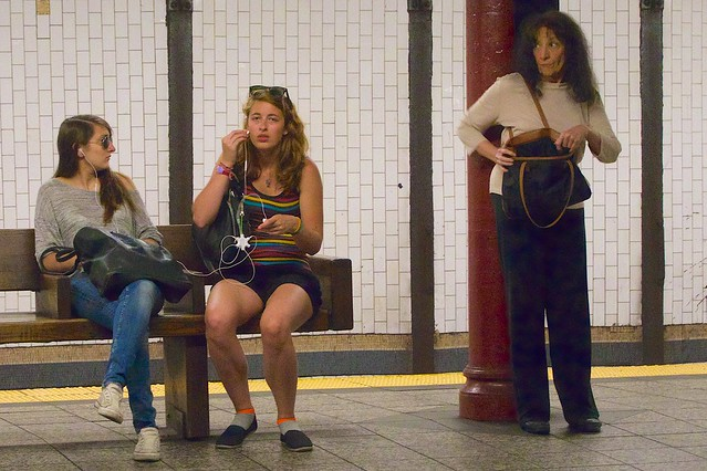 friends newyork sunglasses bench subway purse upperwestside shorts earphones iphone