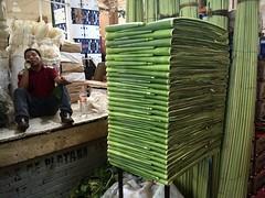 Trimmed + Folded (-jamesstave-) Tags: mexico mexicocity cdmx df distritofederal ciudaddemxico city ciudad market mercado bananaleaves hojasdepltano man hombre iphone5s