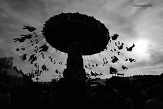 Oktoberfest - Munchen (Cassio Piccolo) Tags: munchen pretoebranco pb monochrome monocromatico