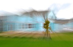 Crazy in the 'Burbs (linda_lou2) Tags: 52weeksof2016 week42 themezoomeffect categorytechnique zoomblur house construction