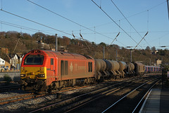 67018 28-11-16 (IanL2) Tags: dbcargo class67 67018 luton bedfordshire rhtt railways trains keithheller